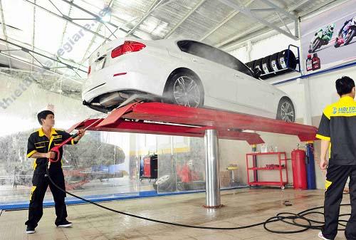 bơm tăng áp rửa xe