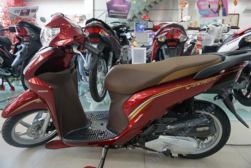 Xe máy Honda Vision có trọng lượng nhẹ, kích thước phù hợp với nhiều người dùng