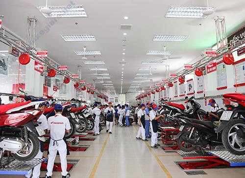Bảo dưỡng xe máy ở hãng mang lại nhiều lợi ích cho người dùng