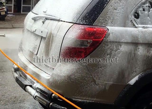 Dung dịch rửa xe không chạm dạng bột