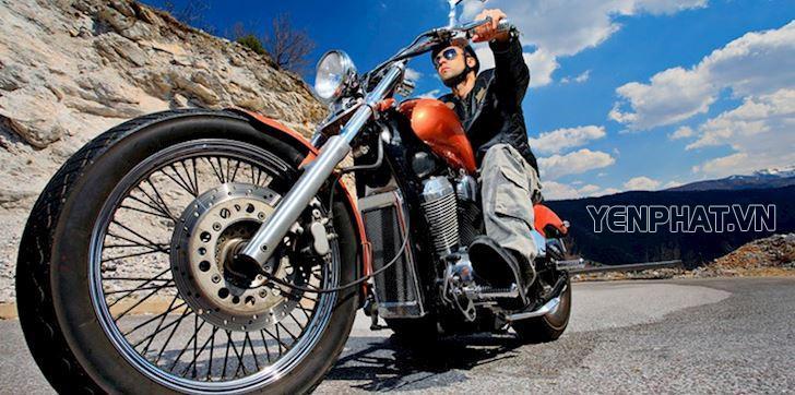 Việc điều khiển một chiếc moto cũ xe dễ dàng hơn nhiều so với xe mới