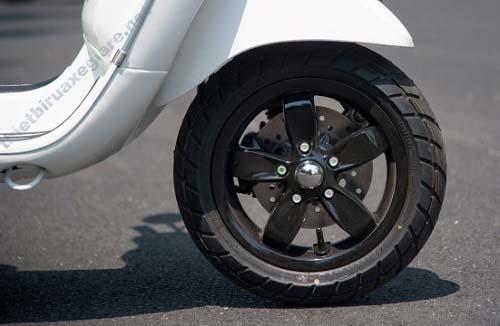 Khi nào nên thay lốp xe máy? Ý nghĩa những con số trên lốp xe