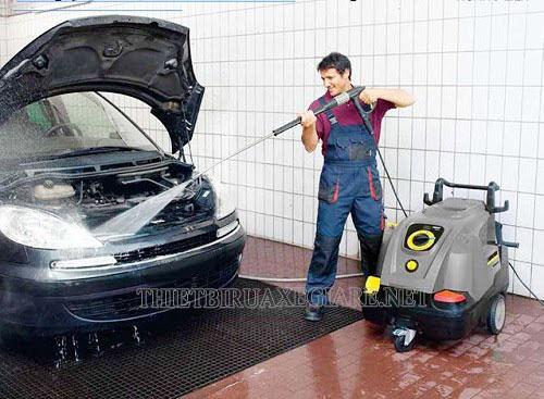máy bơm rửa xe karcher Đức