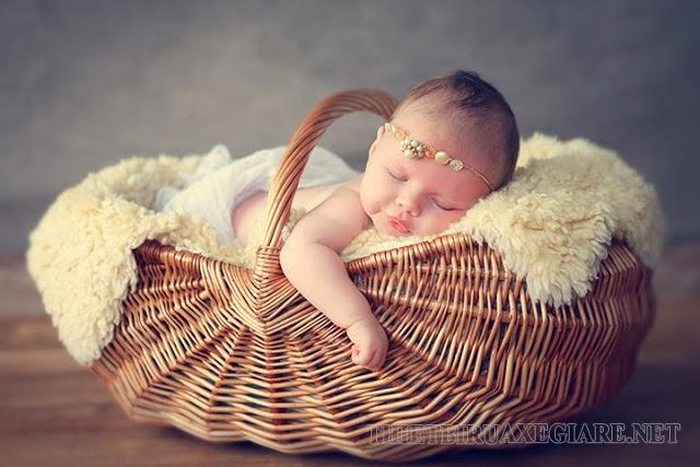 status hay về em bé sơ sinh